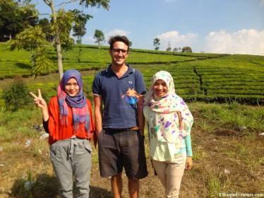 Wisata Arung Jeram Sungai Palayangan Bersama Para Ekspat (tourist asing)  (bagian 1)