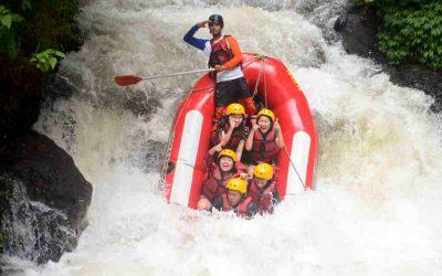 Asyiknya Keseruan Rangkaian Paket Rafting di Bandung