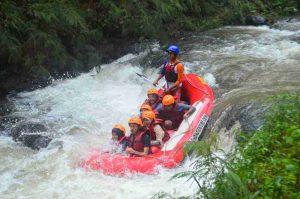 rafting Sungai Palayangan Bandung