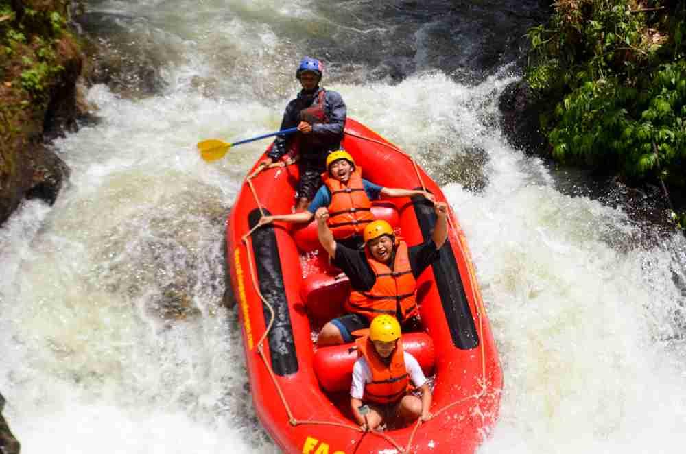 Gempar! Rafting di Bandung Selatan Bersama PT. Unipack Plasindo
